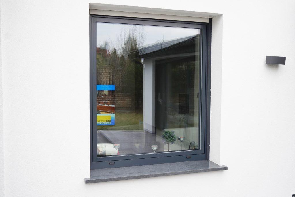 Okno rozwierno-uchylne PE 78HI