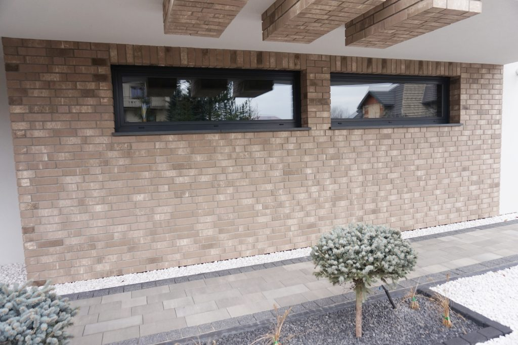 Szerokie, aluminiowe okna garażowe PE 78 HI